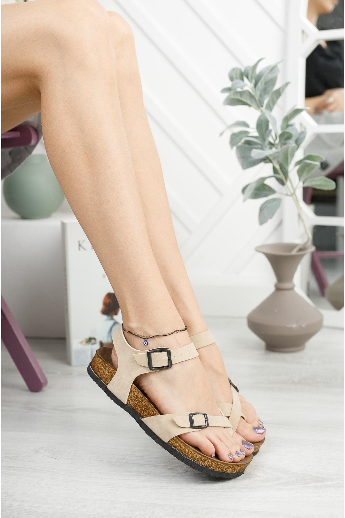Krem Mat Çift Toka Sandalet