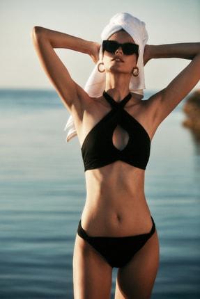 MOEVA X Trendyolmilla Siyah Cut-Out Detaylı Bikini Takımı TBESS21BT0055