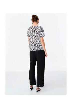 Twist Desenli Tshirt 1