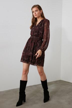 TRENDYOLMİLLA Bordo Kuşaklı Elbise TWOAW21EL1635 1