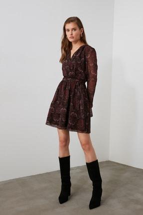 TRENDYOLMİLLA Bordo Kuşaklı Elbise TWOAW21EL1635 2
