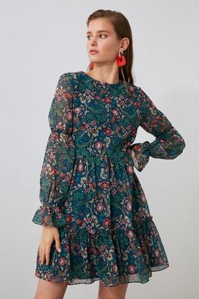 TRENDYOLMİLLA Çok Renkli Desenli Volanlı Elbise TWOAW21EL1780 3