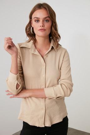TRENDYOLMİLLA Bej Basic Örme Gömlek TWOAW21GO0301 1