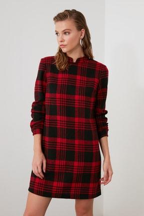 TRENDYOLMİLLA Kırmızı Ekoseli Elbise TWOAW21EL1164 2