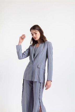 Rue Kadın Gri Çizgili Küt Form Ceket 1