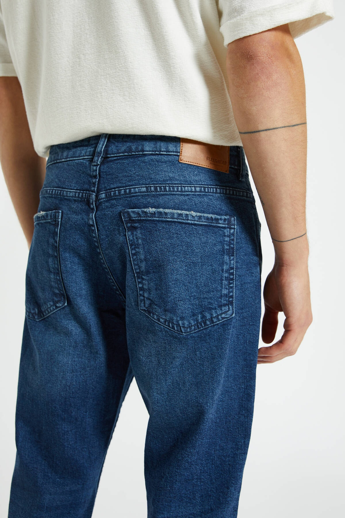 Pull & Bear Erkek Koyu Mavi Comfort Slim Fit Jean 09683530 1