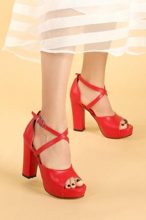Ayakland Kadın Kırmızı Cilt Platform Topuklu  Abiye Ayakkabı 11 cm 3210-2058 2