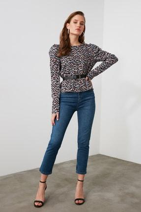 TRENDYOLMİLLA Mavi Yüksek Bel Mom Jeans TWOAW21JE0418 1