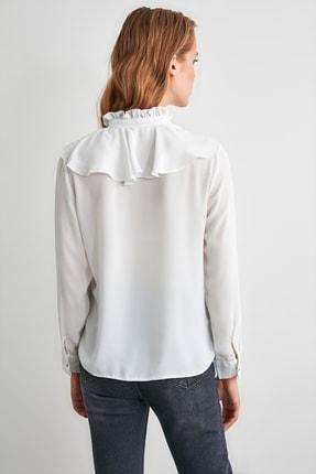 TRENDYOLMİLLA Ekru Fırfırlı Gömlek TWOSS20GO0036 4