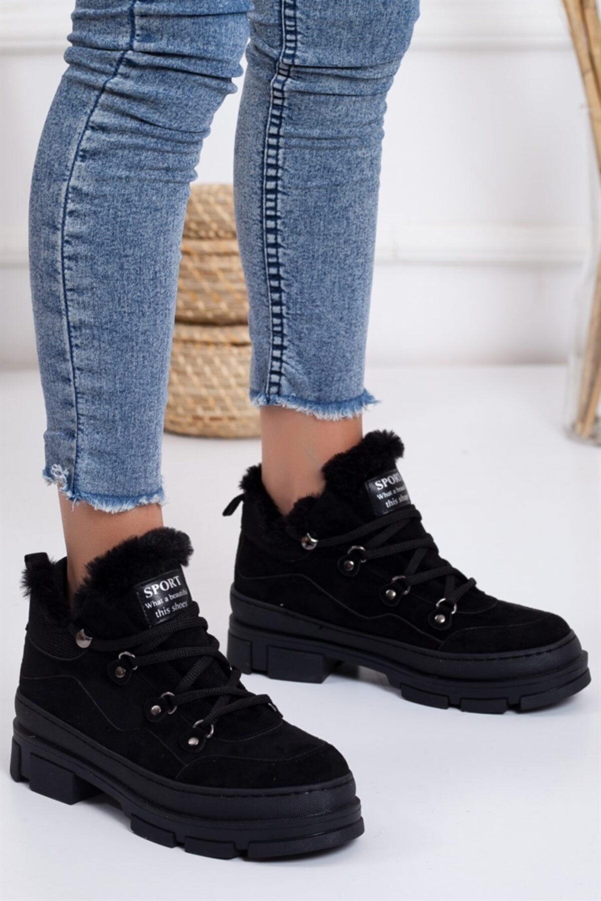 Lovita Shoes Kadın Siyah Süet Elisha Spor Bot