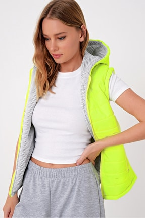 Trend Alaçatı Stili Kadın Neon Yeşili Termal İç Astarlı Şişme Yelek Mont ALC-X5008 1