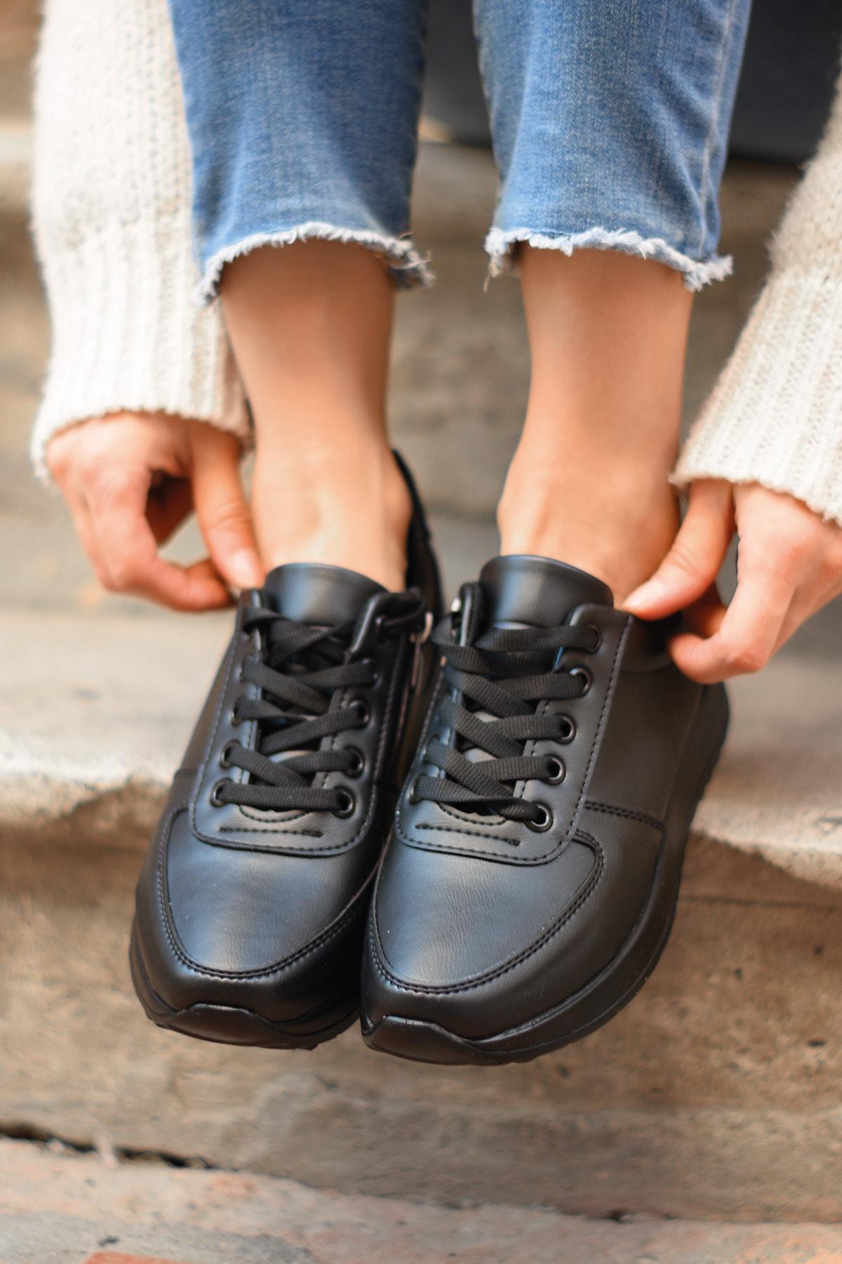 Tenero Shoes Kadın Siyah Cilt Spor Ayakkabı