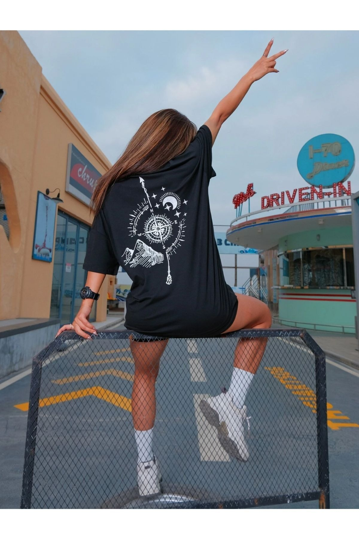 Kadın Siyah North Baskılı Oversize Tshirt