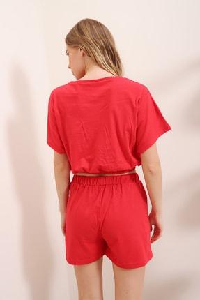 Trend Alaçatı Stili Kadın Kırmızı Baskılı Beli Lastikli Crop Top Ve Şort Alt Üst Takım MDA-1203 4