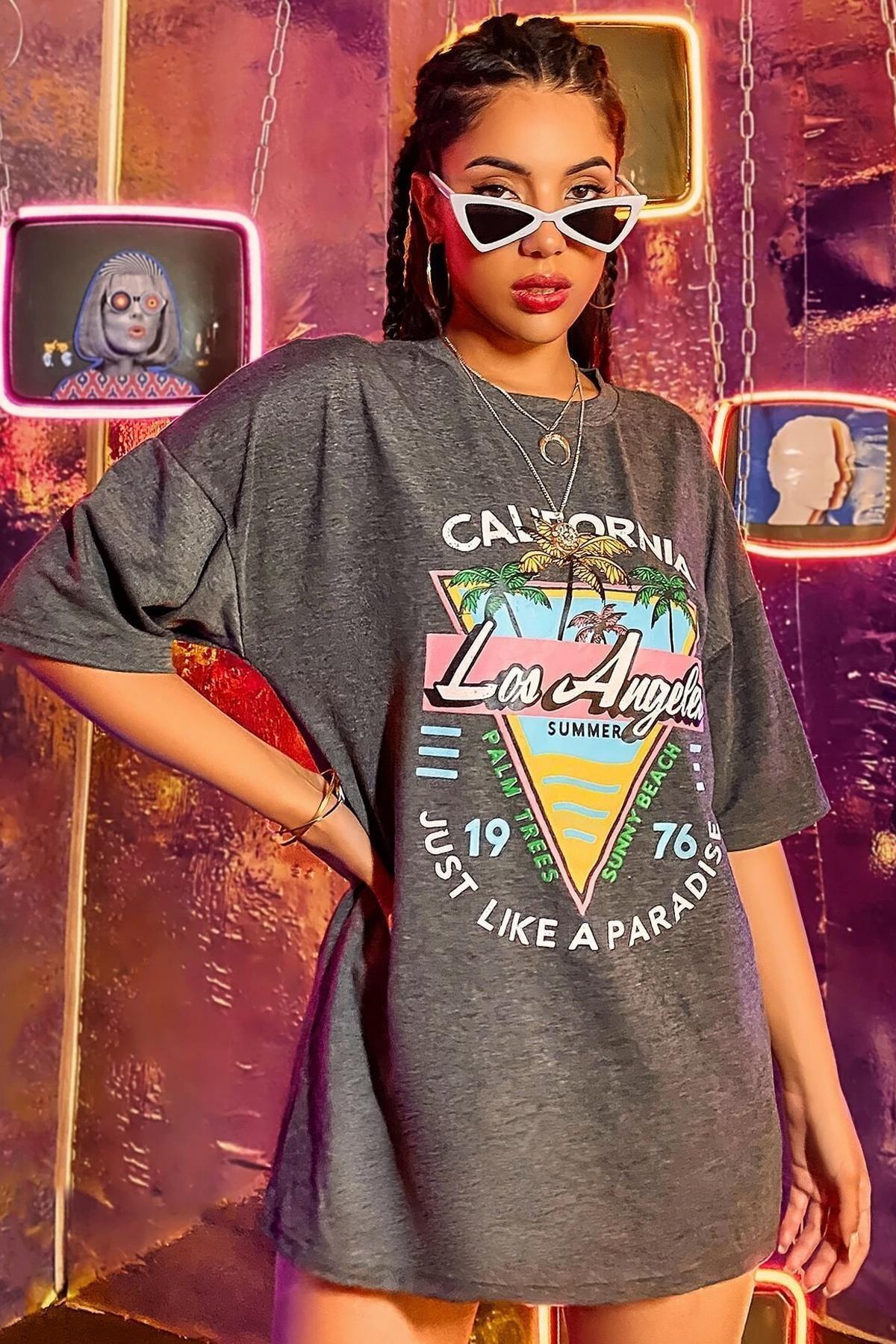 Kadın Gri Siyah Los Angeles Palmiye Oversize T-shirt