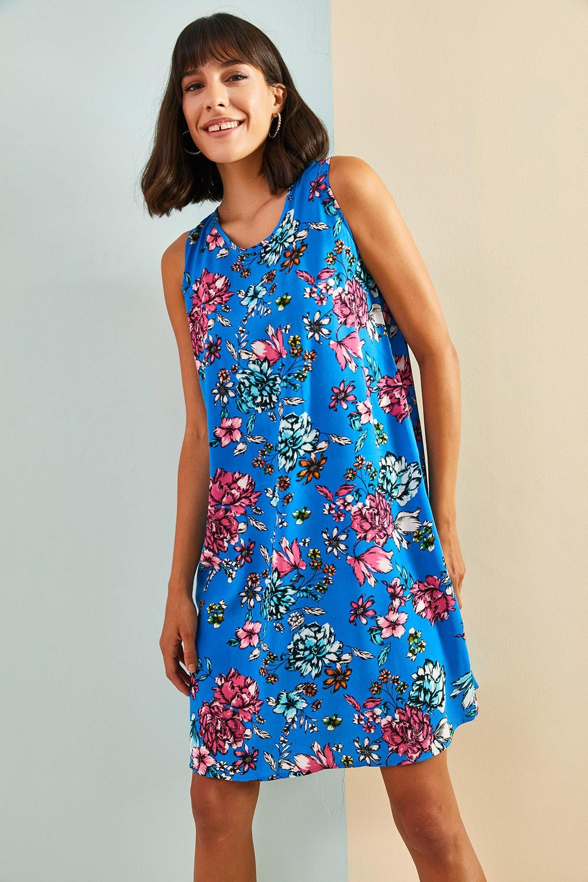 Kadın Multi Desenli Sırt Dekolteli Viskon Elbise