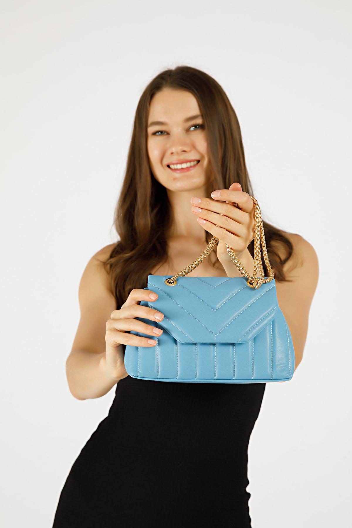 Kadın Mavi Nakışlı Mini Gissle Çanta
