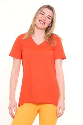 Mari V Yaka Etek Ucu Yırtmaçlı T-shirt 1812003