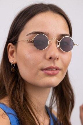 تصویر از عینک آفتابی زنانه سیاه