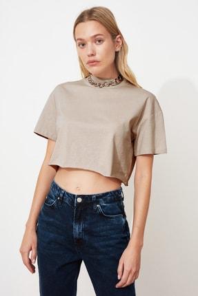 TRENDYOLMİLLA Taş Dik Yaka Crop Örme T-Shirt TWOSS20TS0287 1