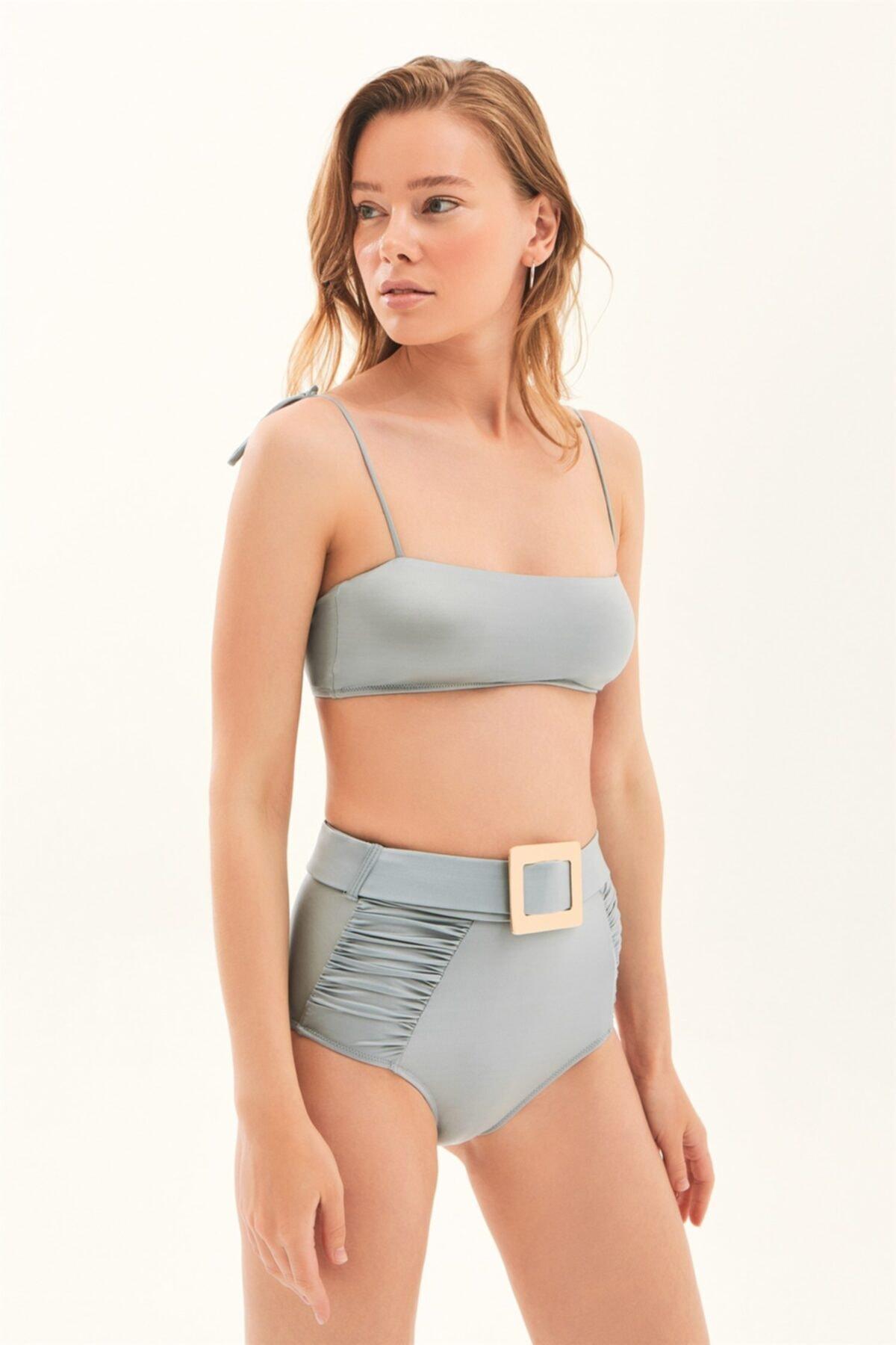 Kare Yaka Toka Detaylı Bikini Takım