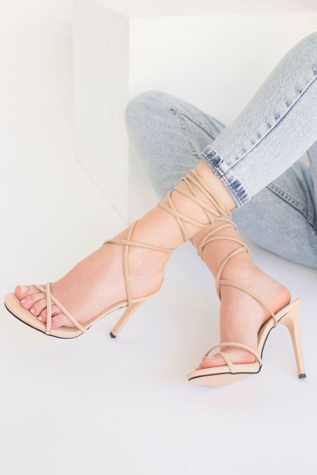 Jimeta Mat Deri Bilekten Bağlamalı Topuklu Sandalet Vizon