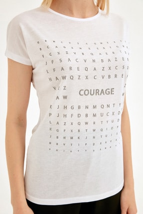 Fullamoda Kadın Beyaz Simli Courage Baskılı Tshirt 4