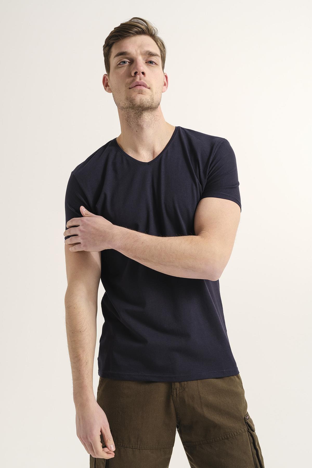 Riley V Yaka Slim Fit Basic Erkek Tshirt