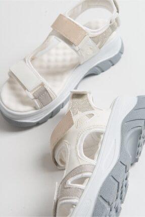 LuviShoes Kadın Beyaz Rugan Sandalet 4
