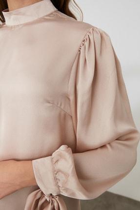 TRENDYOLMİLLA Taş Bağlama Detaylı  Bluz TOFAW19FG0082 4