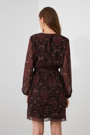 TRENDYOLMİLLA Bordo Kuşaklı Elbise TWOAW21EL1635 3