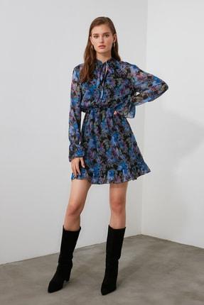 TRENDYOLMİLLA Çok Renkli Desenli Fular Yaka Elbise TWOAW21EL1664 1