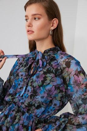 TRENDYOLMİLLA Çok Renkli Desenli Fular Yaka Elbise TWOAW21EL1664 2