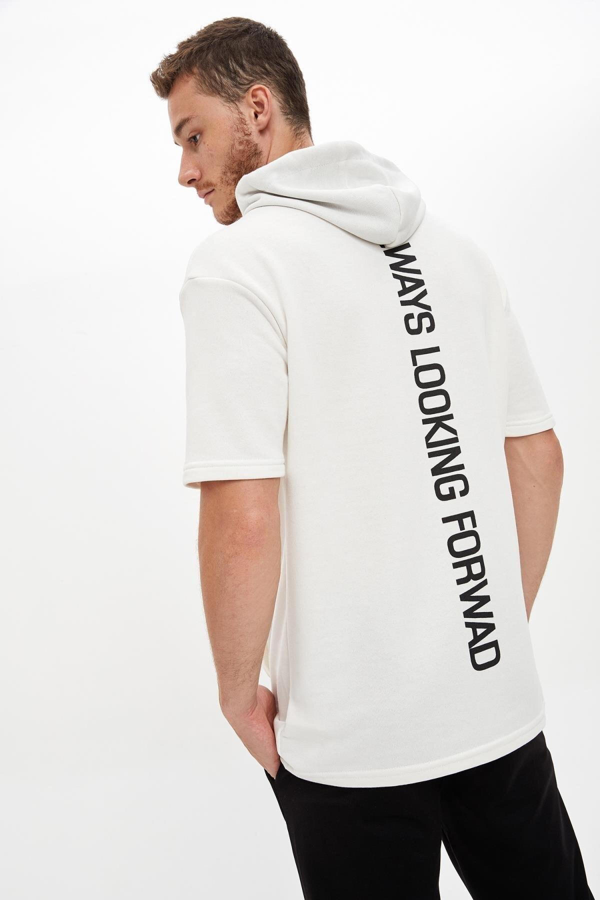 Defacto Kapüşonlu Kısa Kollu Regular Fit Sporcu Tişört 0