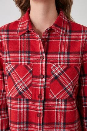 TRENDYOLMİLLA Kırmızı Cep Detaylı Ekoseli Ceket Gömlek TWOAW21GO0449 4