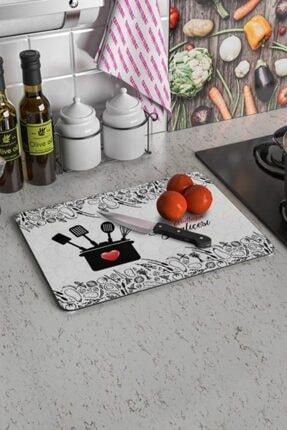 Decovetro Mutfağın Kraliçesi Desenli | Cam Kesme Tahtası - Kesim Tablası 20x30 Cm 0
