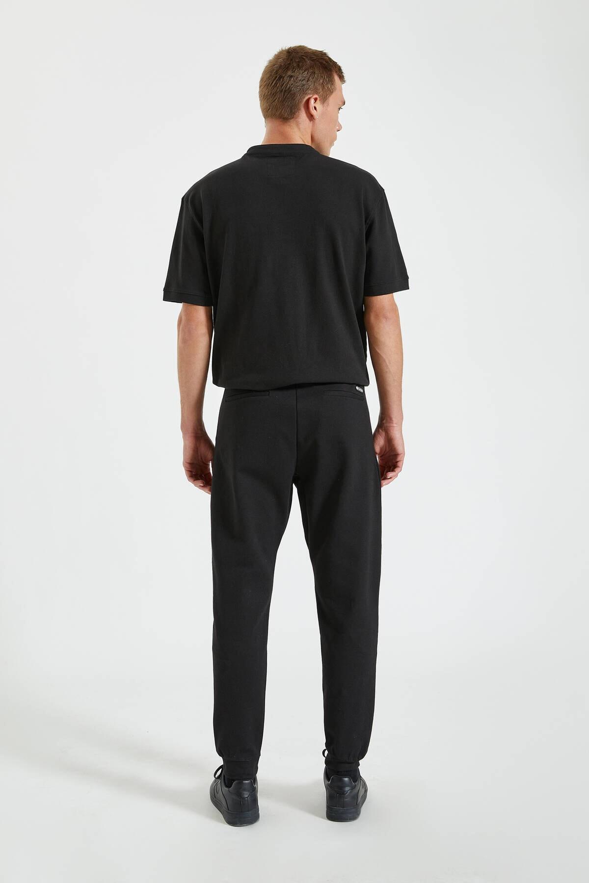 Pull & Bear Erkek Siyah Kontrast Fermuarlı Jogging Fit Pantolon 09678525 3