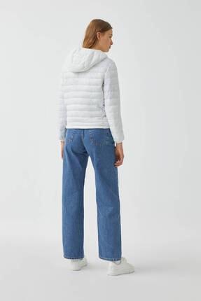 Pull & Bear Kadın Beyaz Basic Şişme Mont 1