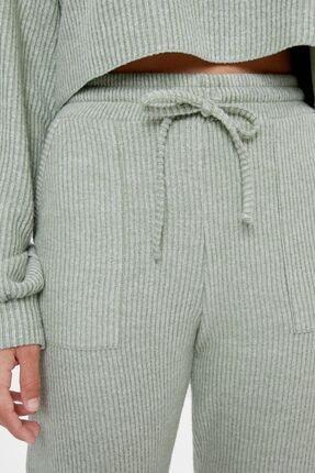 Bershka Kadın Haki Ajurlu Örgü Jogger Pantolon 4