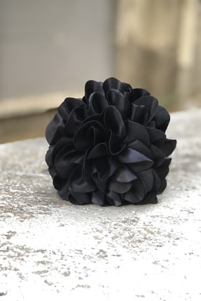 İnci Accessories Çiçek Model Saten Kumaş Büyük Mandal Toka Siyah 1