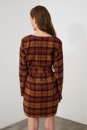 TRENDYOLMİLLA Çok Renkli Kuşaklı Kareli Elbise TWOAW21EL1752 3