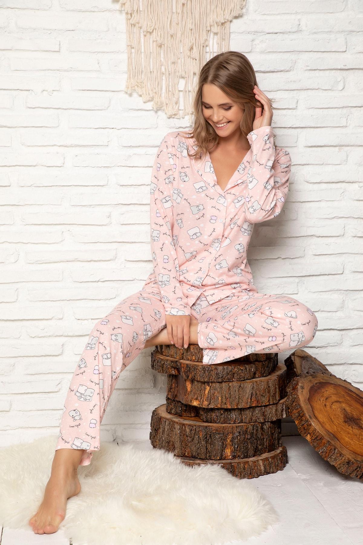 Kadın Pembe Desenli Pamuklu Düğmeli Pijama Takim