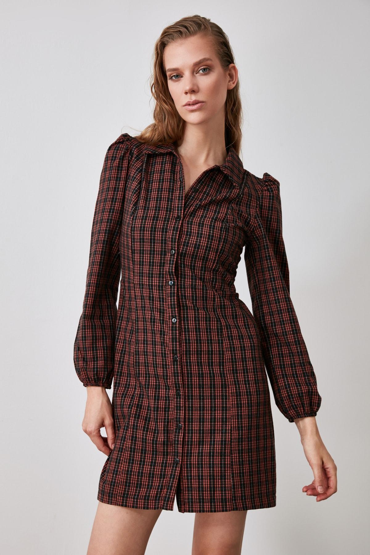 TRENDYOLMİLLA Bordo Kareli Gömlek Elbise TWOAW21EL1113