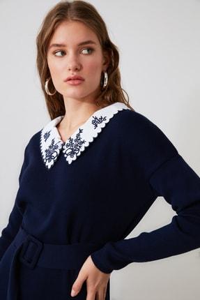 TRENDYOLMİLLA Lacivert Dokuma Yaka Detaylı Kemerli Triko Elbise TWOAW21EL0973 1