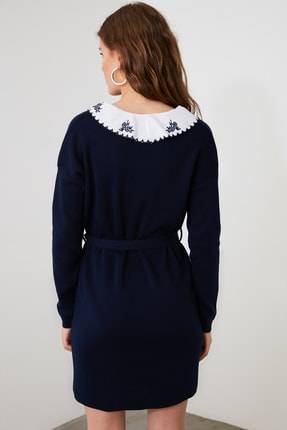 TRENDYOLMİLLA Lacivert Dokuma Yaka Detaylı Kemerli Triko Elbise TWOAW21EL0973 3