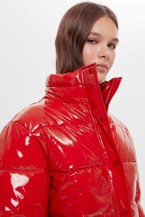 Bershka Kadın Kırmızı Suni Deri Şişme Mont 2