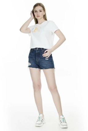 Levi's Kadın Beyaz The Perfect 90'S Serif T-Shirt 17369-0969 4