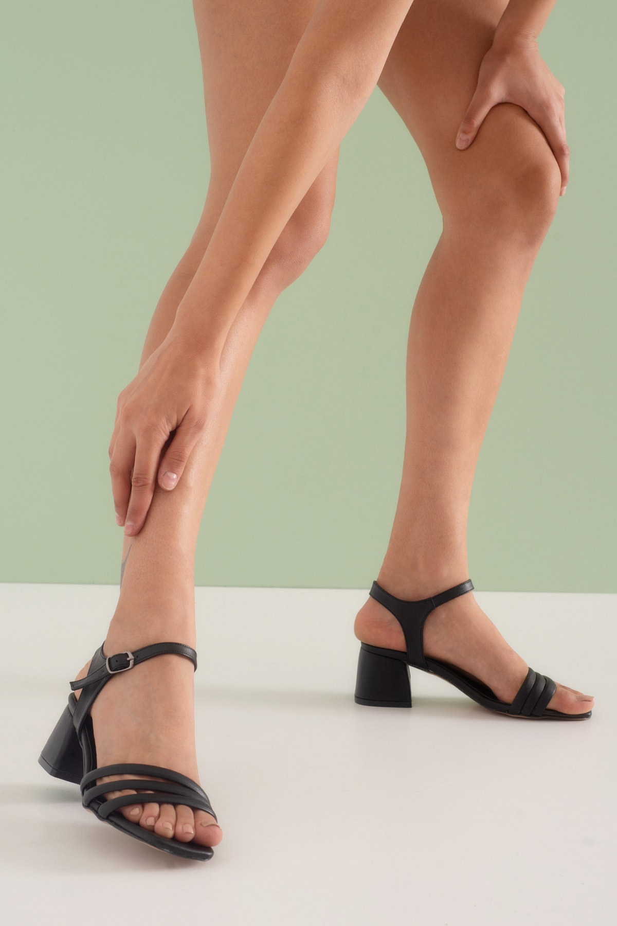 Luis Siyah Renk Topuklu Günlük Kadın Ayakkabı