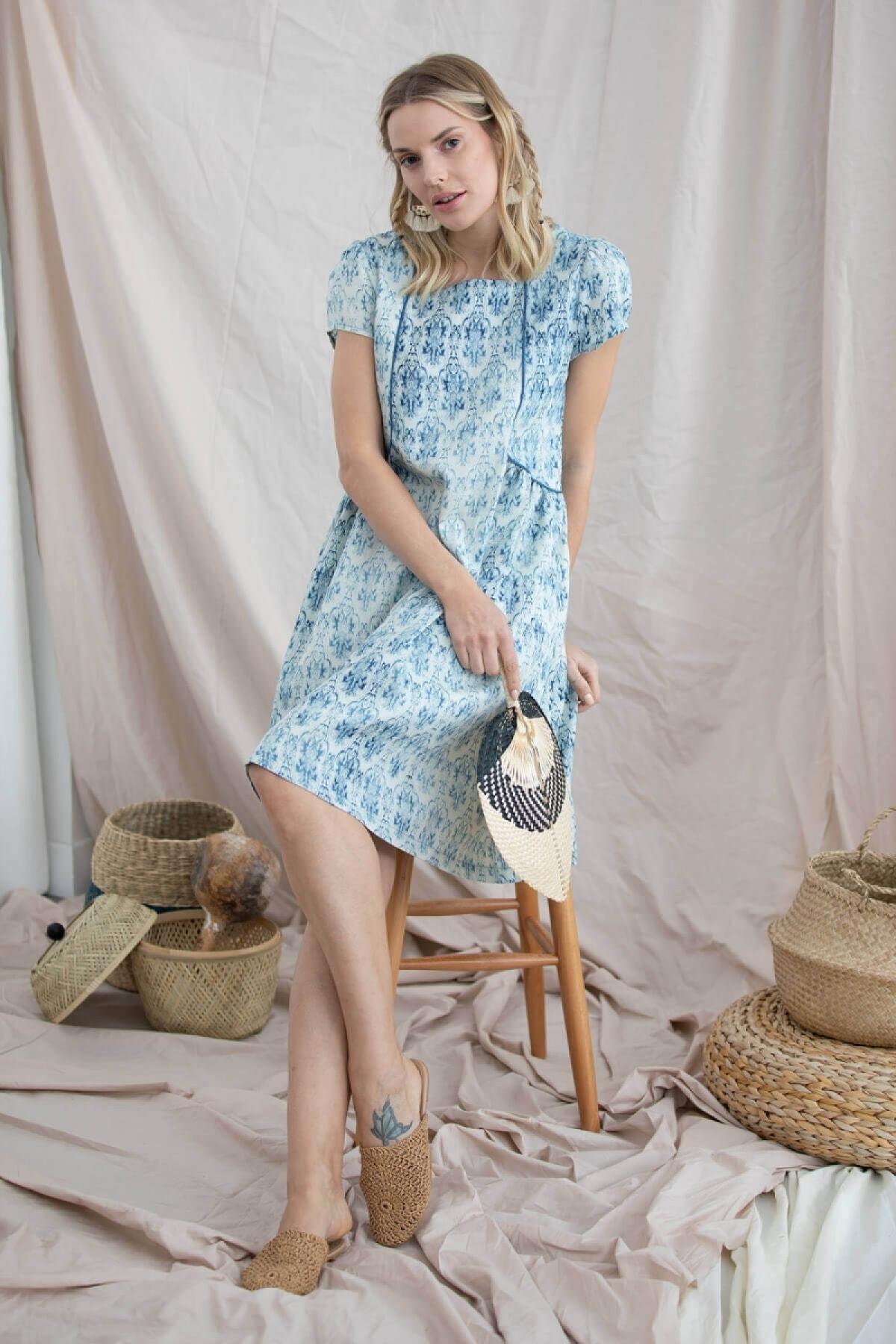 Kadın Mavi Geniş Kalıp Kare Yaka Elbise