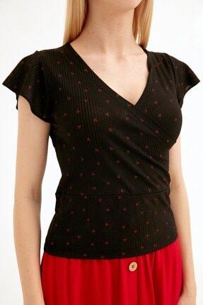 Fullamoda Kadın Siyah Kiraz Baskılı Kruvaze Yaka Bluz 4